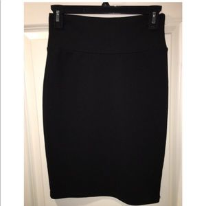 Lula Roe Black Pencil Skirt XS